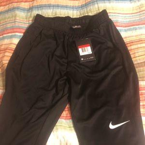 Nike Unisex Ftbll/Soccer pants Dri-Fit technology.